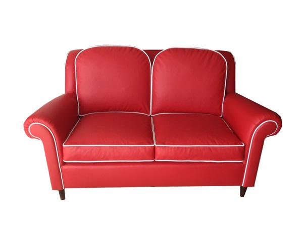divano-ecopelle-anni-settanta